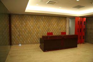 Empty_Receptionist_Chamber